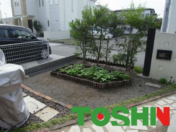 レンガの菜園と芝生でお庭のリフォーム 相模原