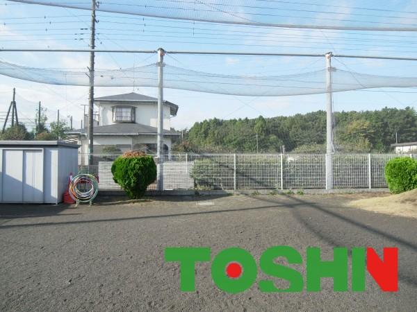 幼稚園の園庭に大型イナバ物置 神奈川県相模原市