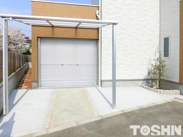 駐車場にテラス屋根を付けて快適に 相模原市 M様邸