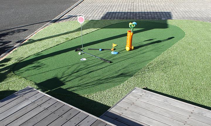神奈川県相模原市でパター専用グリーンがある外構,エクステリアの展示場