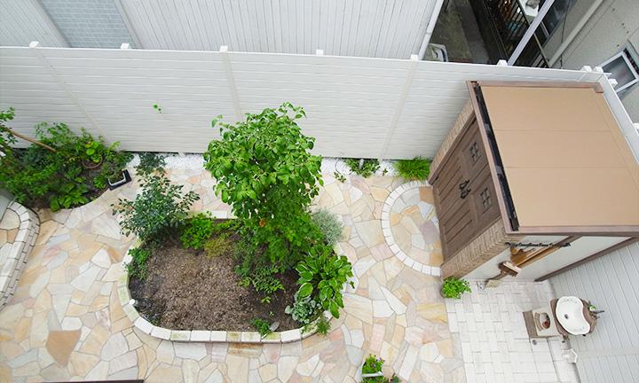 相模原市で庭周り・ガーデンで使用する石張り