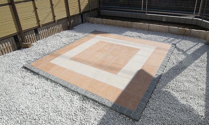 相模原市のテラス工事の床材