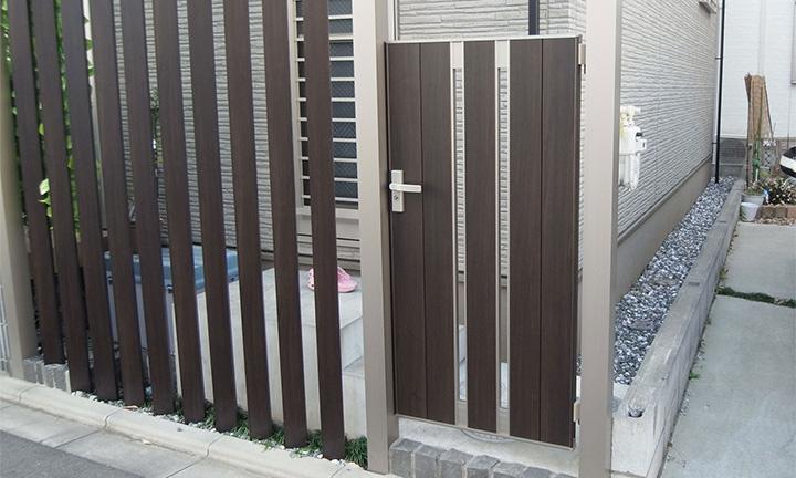 相模原市の片開きタイプの門扉