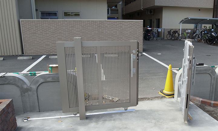 相模原市の引き戸タイプの門扉