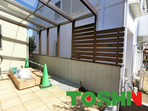 オープンタイプのココマで過ごす素敵なガーデンライフ 横浜市 目かくし施工中