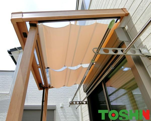 テラス屋根で強い陽射しをカット リクシル「シュエット」 相模原市