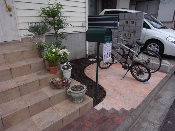相模原市の自転車置場のための外構工事