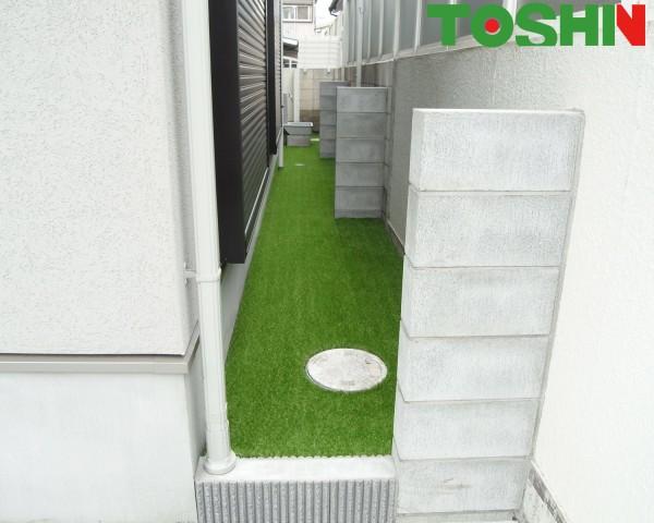 人工芝をポイントにした明るい新築外構 相模原市
