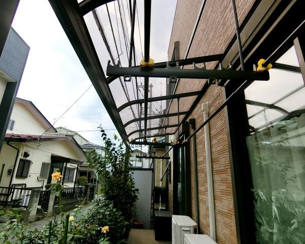 LIXILテラス屋根「スピーネ」とウッドデッキ「レストステージ」で快適に 座間市