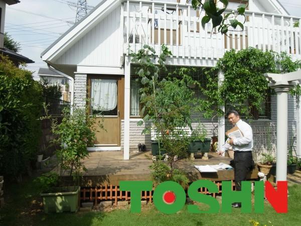 暖蘭物語をミニチュアダックスの部屋に。お庭リフォーム横浜市都筑区