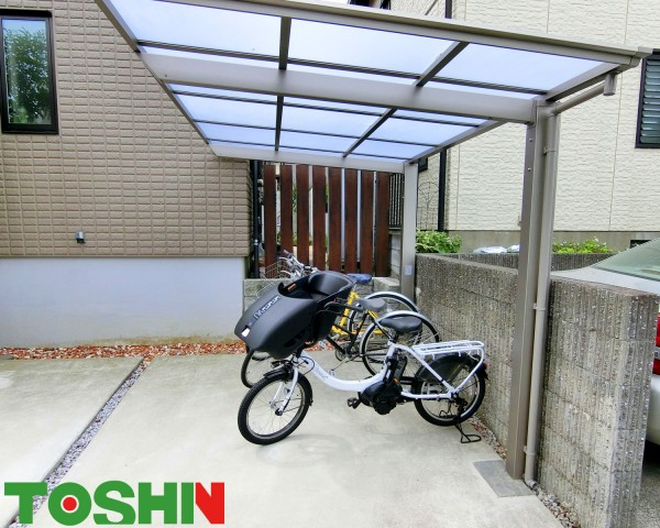 町田市の愛車を守るためのサイクルポート設置