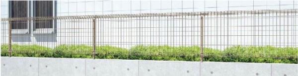 相模原市のエクステリアの【LIXIL】フェンス ハイグリッドフェンス