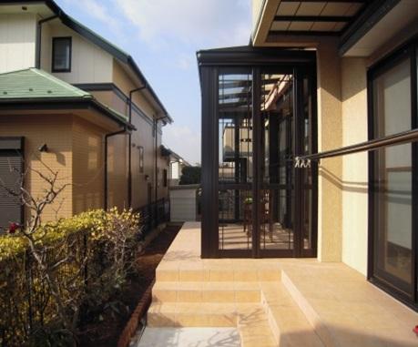 「暖蘭物語」でお庭の活用!LIXIL・リクシル ガーデンルーム 横浜市