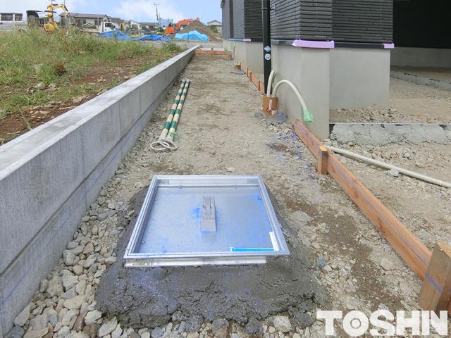 雨水枡をかくすフロアハッチ 小田原市